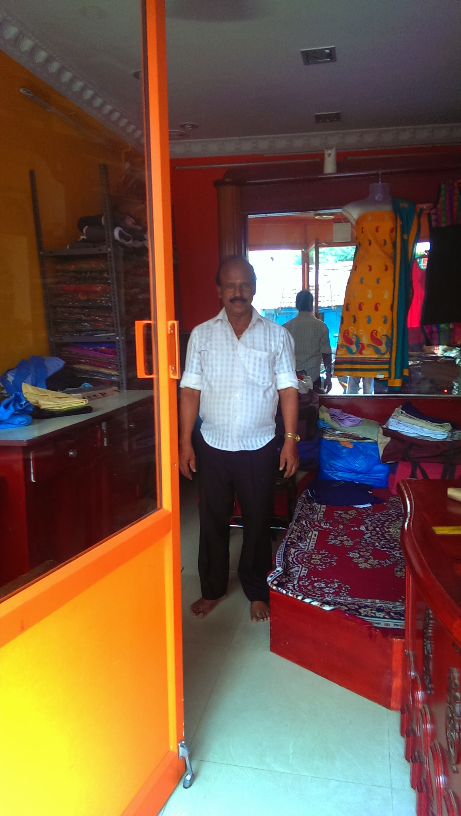 Dispatches from real India (Part 3): Vasu, the tailor.